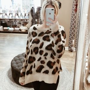 Staccato Fuzzy Cheeta Sweater